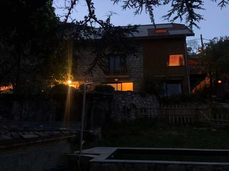 Chalet de Rozan Ecolodge Grenoble de nuit